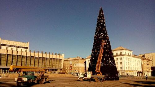 Луганск готовится к встрече нового года-2.jpg
