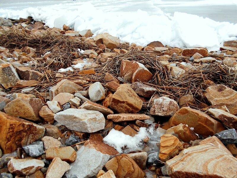 Берег каменистый зимний ... DSCN3355.JPG