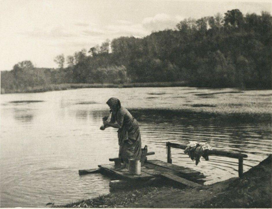 1890-е. Прачка на реке