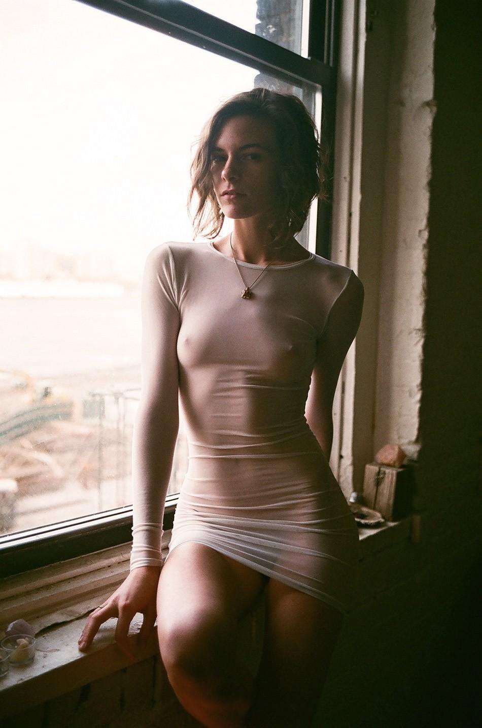 Частные домашние фотографии прозрачная одежда у девушек 9 фотография