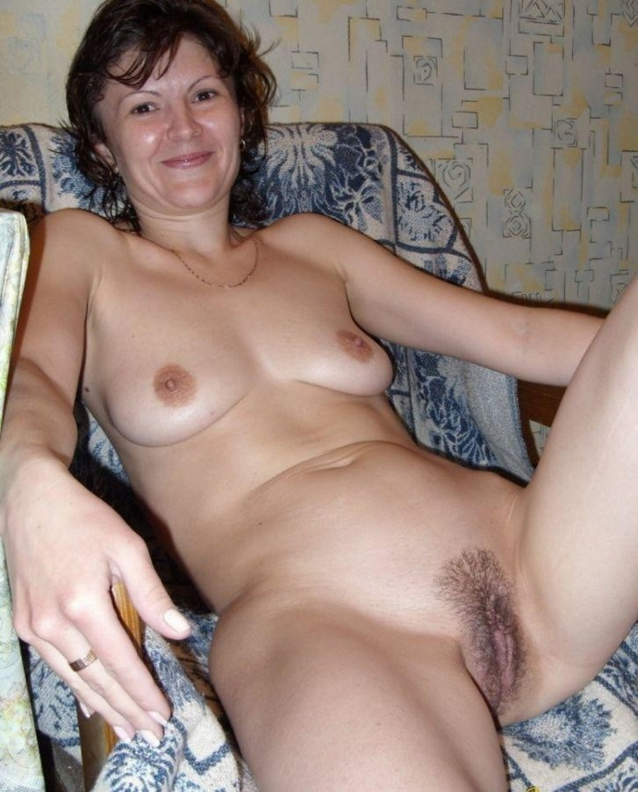 Откровенные снимки зрелых дам