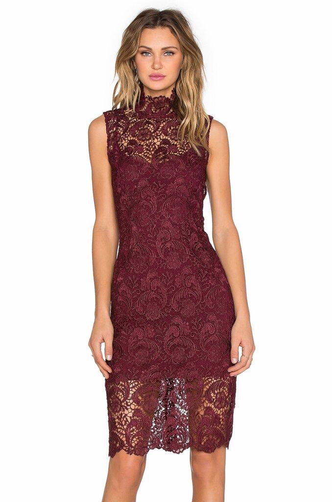 Фото кружевного платья ниже колен