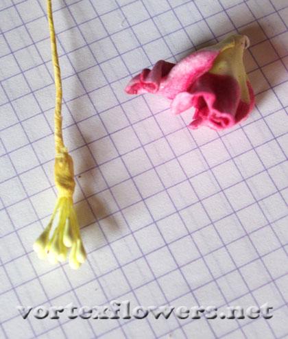 пионовидная роза из фома