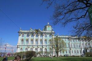 Достопримечательности Санкт-Петербурга: Зимний дворец