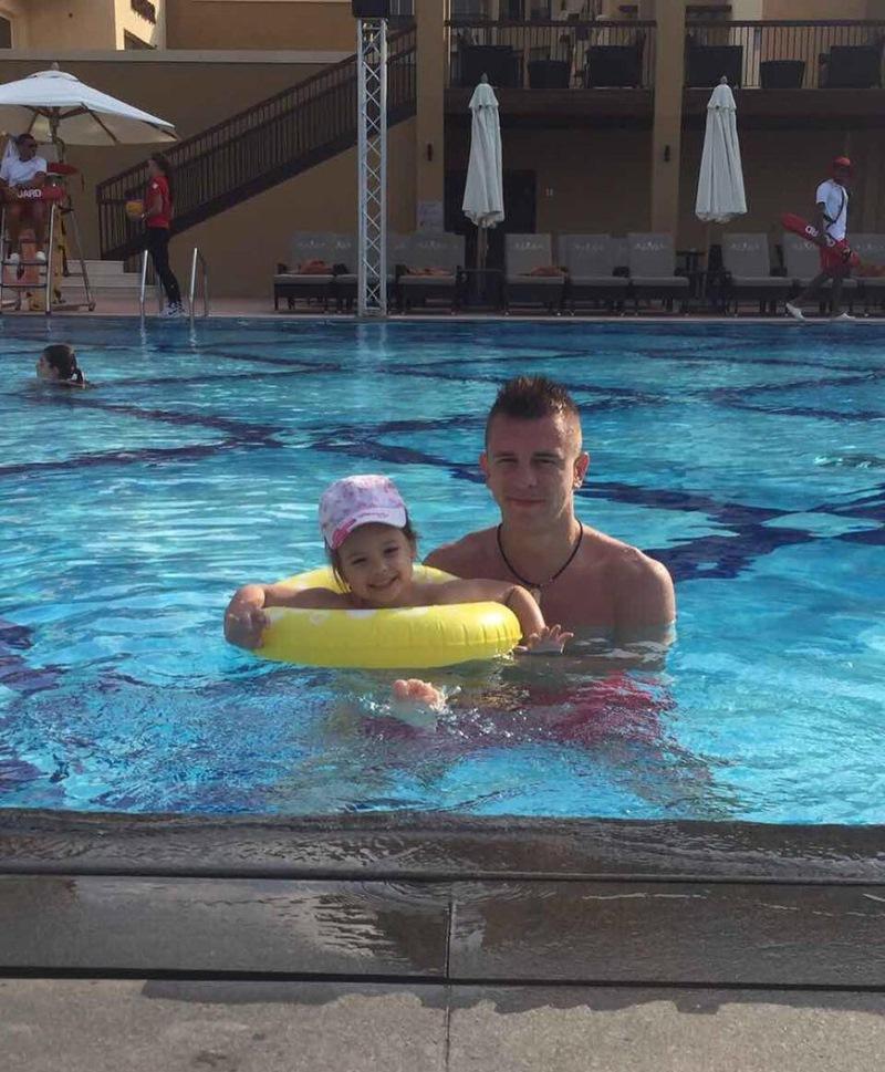 Тарас Степаненко вместе с женой проводит отпуск на Мальдивах.