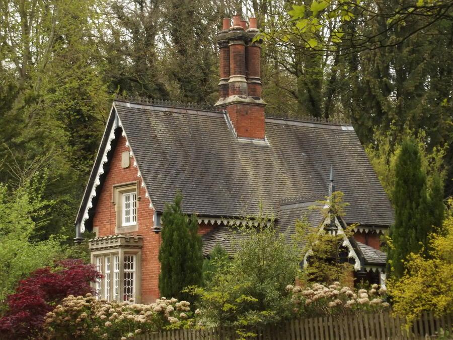 18. Домик и сад, Эстланд, Англия.