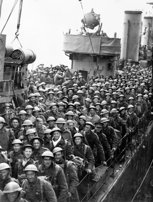 Dunkirk_26-29_May_1940_H1628.jpg