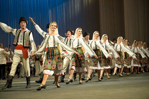 В школах может появиться новая дисциплина - «Народные танцы»