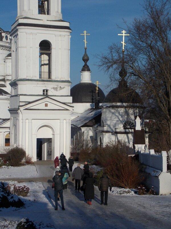 Свято-Никольский Черноостровский монастырь в  Малоярославце