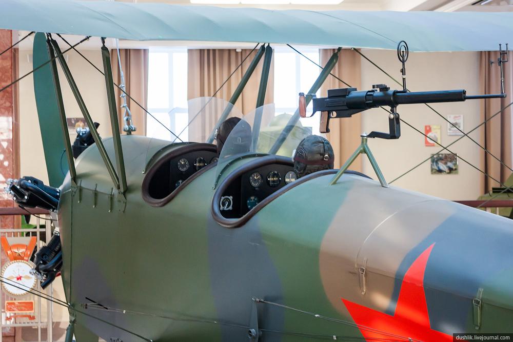 Музей военной техники «Боевая слава Урала». Авиационная экспозиция выставочного центра