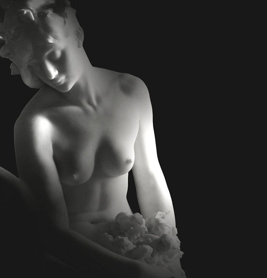 10. Девушка (© Yvan LEMEUR) Музей Крозатье.