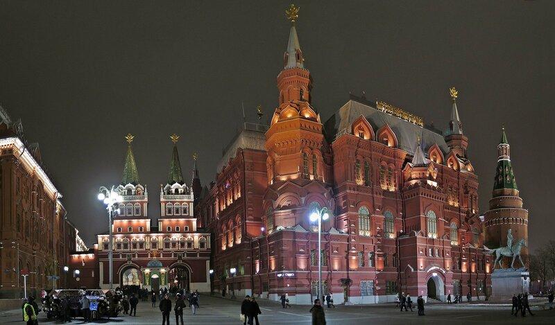 Вечерняя Москва в марте 2016.