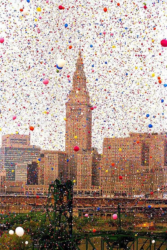 1.5 million balloons and $ 1 million in damage