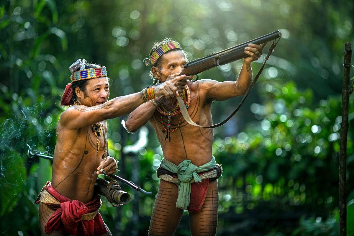 Фото девушек из диких племен 23 фотография