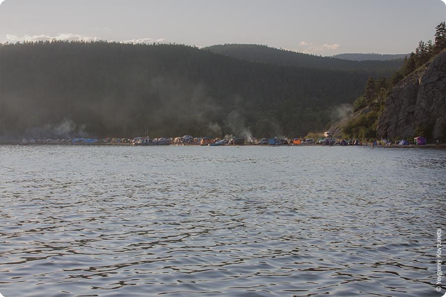 Монахово вечером, вид с воды, Чивыркуйский Залив, Святой нос, Байкал