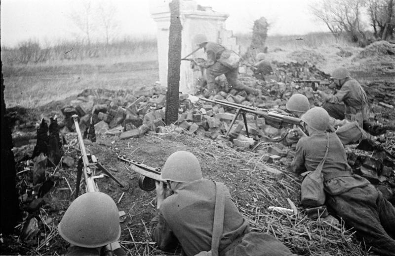 sovet_soldati_pod_voronezgem_1942.diamjjgt2pkwogokcwsgs48sw.ejcuplo1l0oo0sk8c40s8osc4.th.jpeg