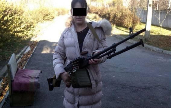 """""""Банда """"Восток"""" ей обещала """"золотые горы"""": В Мариуполе задержали террористку, которая приехала оформить соцвыплаты (фото)"""