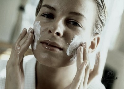 Антивозрастная маска для жирной кожи
