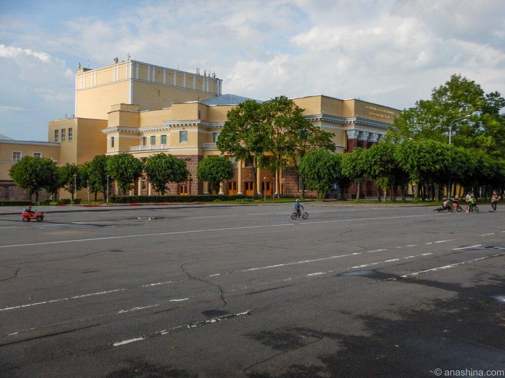 Здание Смоленского драматического театра, Смоленск