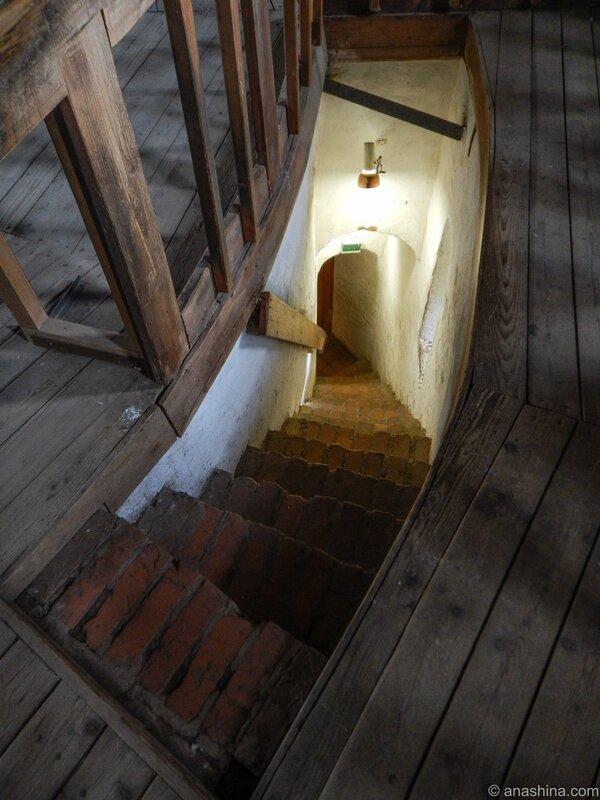Внутристенная лестница, Смоленская крепость