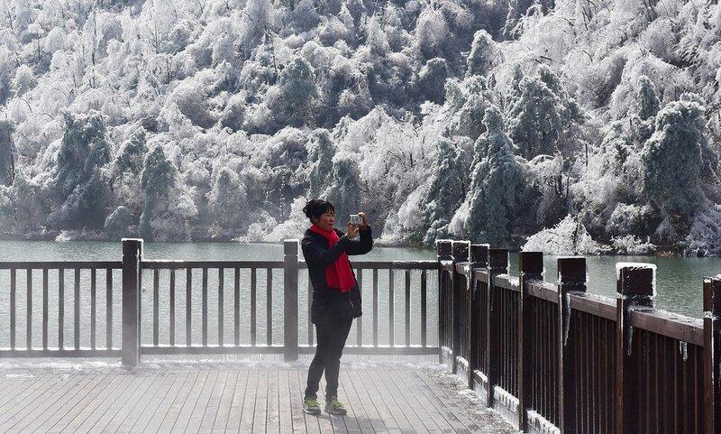 В Китае, в районе Внутренней Монголии, температура упала до рекордных -47 градусов по Цельсию.