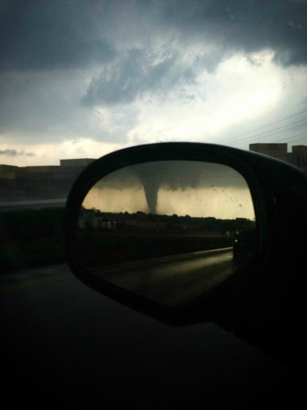 Фотографии сильнейших торнадо года. Впечатляющие снимки природной стихии 0 13fc8b 1e5a04a2 XL