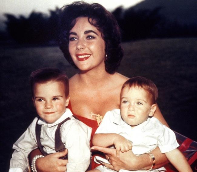 «Мои дети неплохо воспитали своих детей— все-таки ябыла правильной мамой».