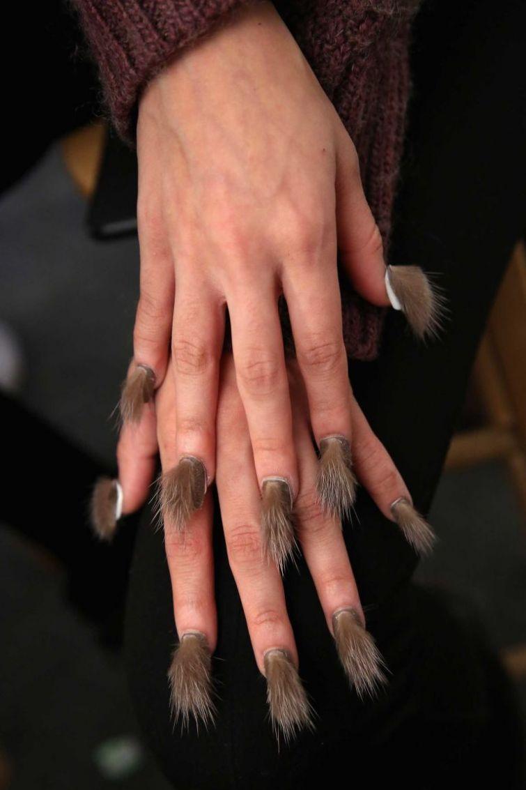 furry-nails-пушистые-ногти-фото-маникюр7.jpg