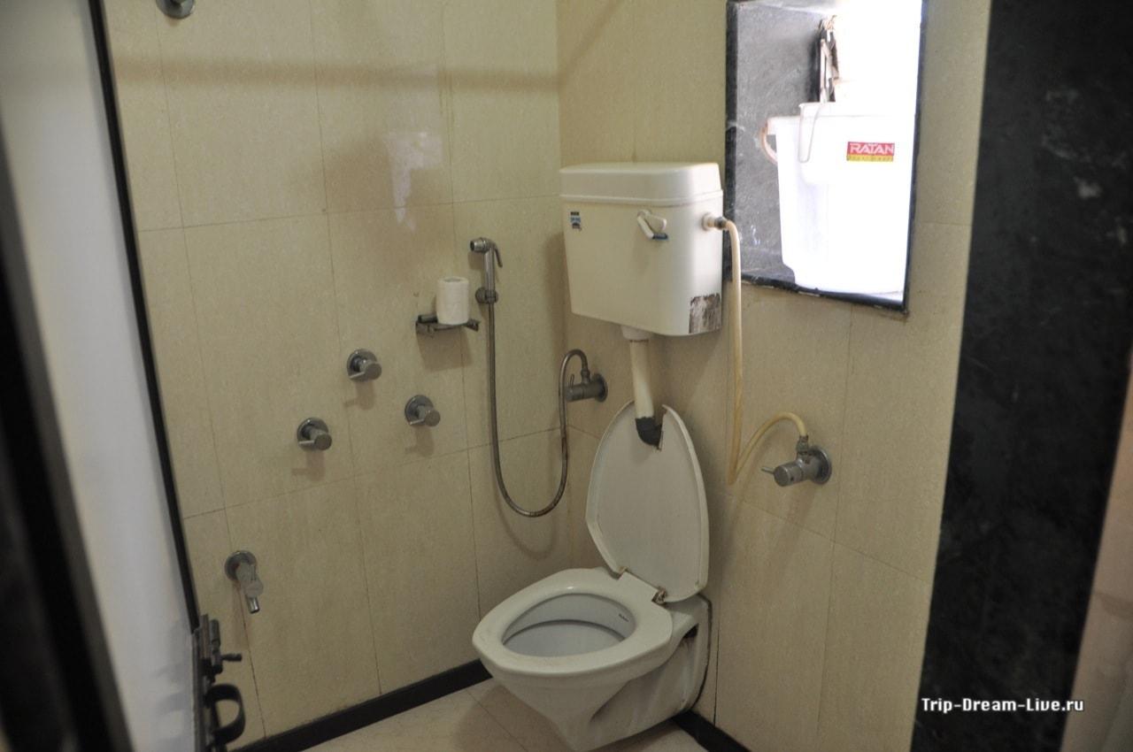 Индийская смекалка в действии! Travellers Inn в Мумбаи