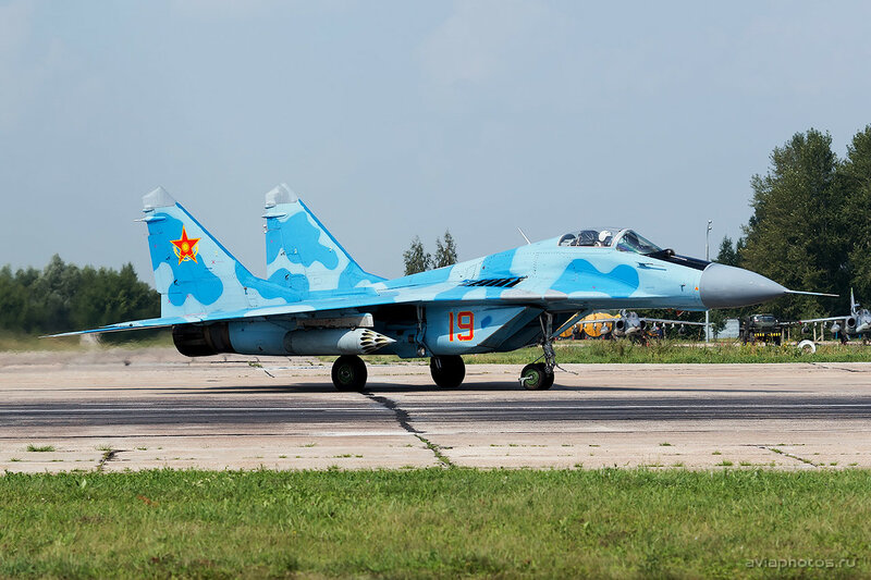 Микоян-Гуревич МиГ-29 (19 красный) ВВС Казахстана 1620_D805689