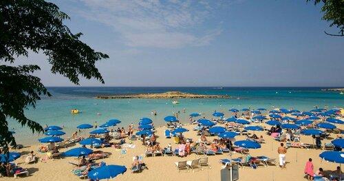 Кипр посетит рекордное число туристов в августе этого года