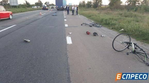 Ужасное ДТП под Броварами: Стало известно о причине трагедии и состояние велосипедистов