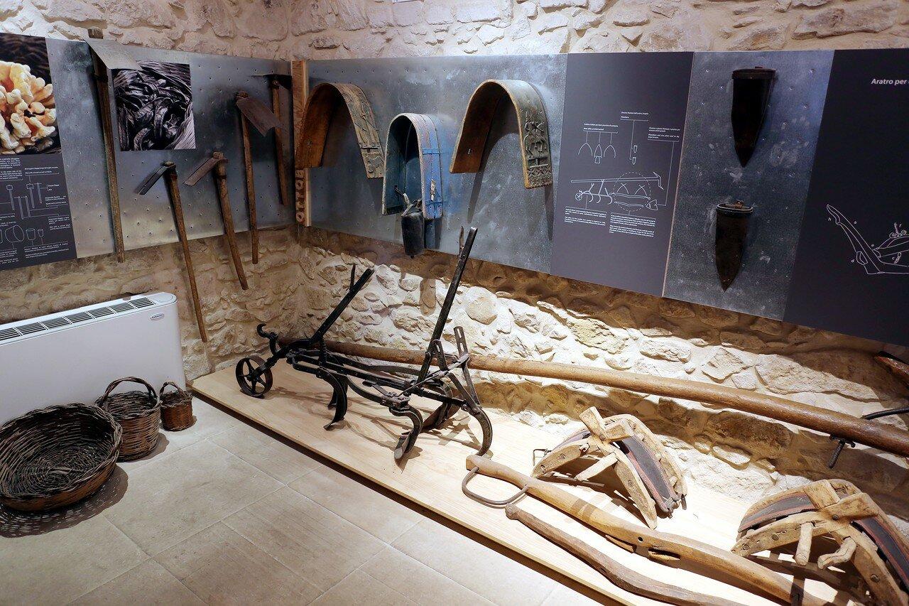 Ragusa. The Zacco Palace. Museum of the peasantry (Palazzo Zacco, Museo del tempo contadino)