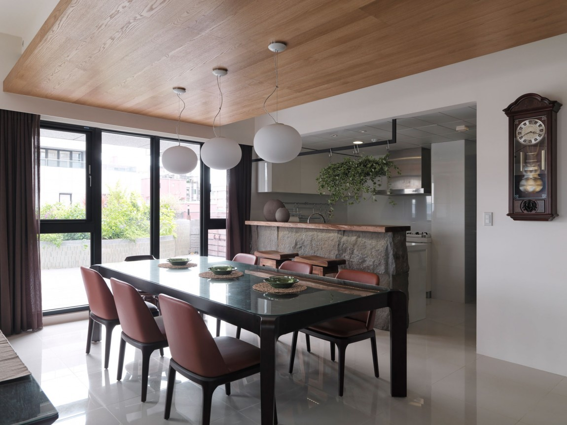 Дизайн интерьера квартиры Natural Living от Happy Studio в Тайпей, Тайвань. В квартире широко исполь