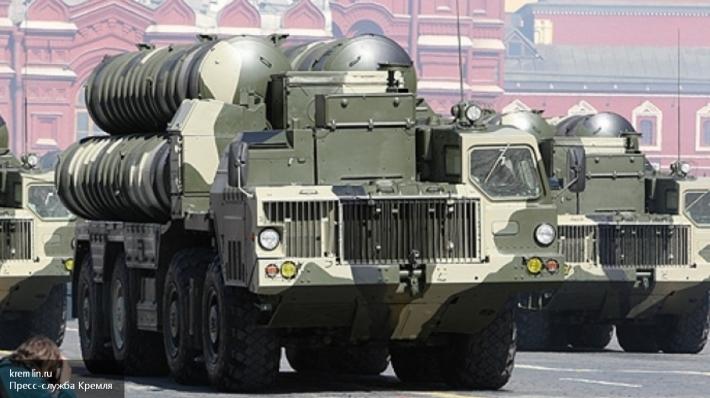 Рогозин объявил, что РФ наполовину выполнила договор напоставку С-300 Ирану