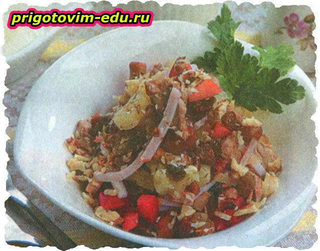 Салатик с отварной свининой
