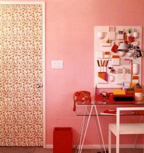 25 идей декорирования остатками обоев