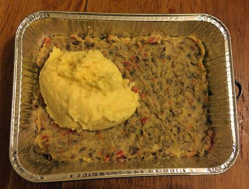 Чем смазать картофельную запеканку сверху
