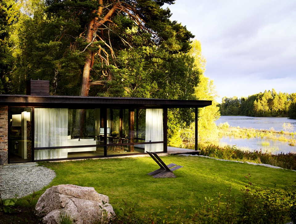 Домик на берегу реки за 60 000 евро