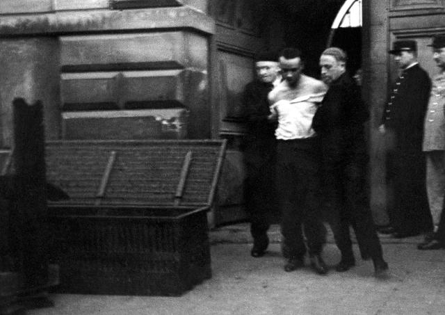 L'EXECUTION D'EUGENE WEIDMANN EN PLACE PUBLIQUE 1939