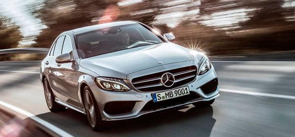 Mercedes-Benz отзывает свои седаны из-за проблем с управлением