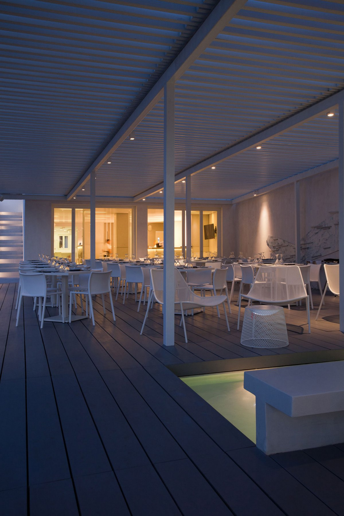 Реконструкция отеля Relux Ios Hotel в Греции