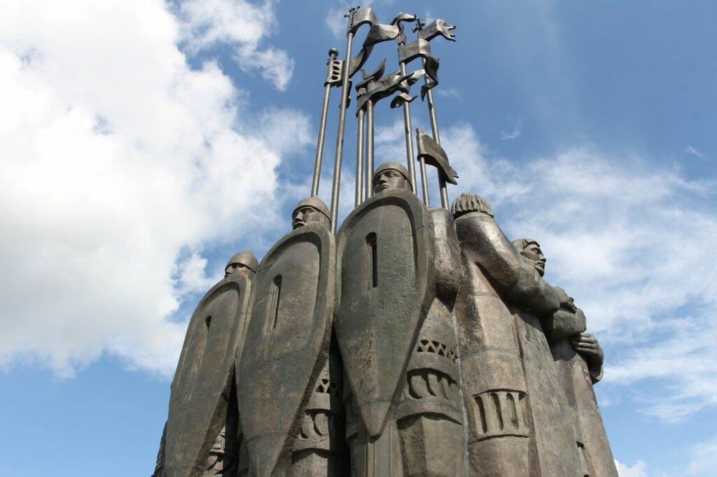 """Мемориал """"Ледовое побоище"""", Псков"""