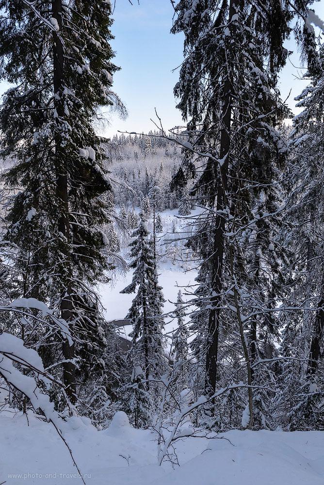 Фото 5. Если присмотреться, видна полынья во льду на реке Усьва. Отзыв о зимнем походе на Усьвинские столбы в Пермском крае.