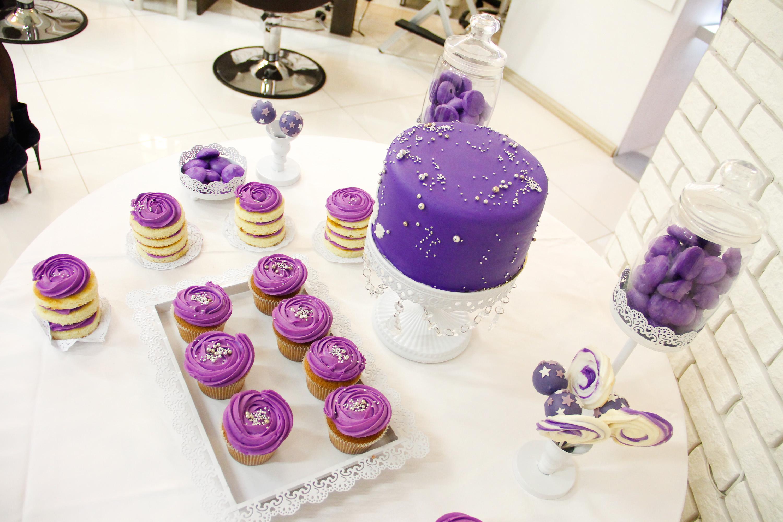 Фиолетовый мишка сладкий стол