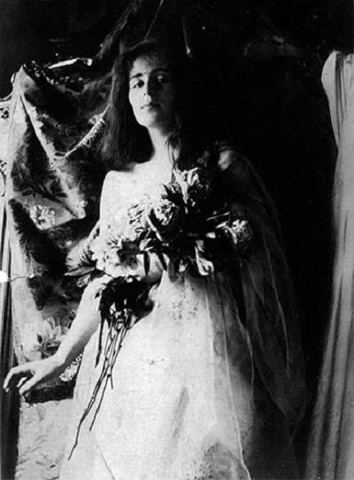 1916Тамара Горска и Тадеуш Lempicki браке в часовне Мальтийского ордена в Петрограде.
