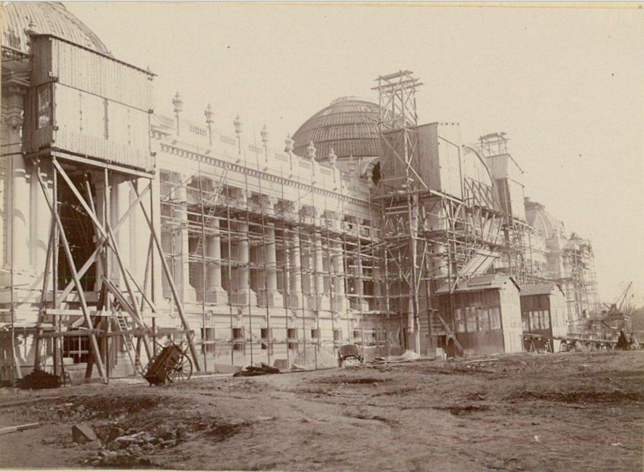Строительство Малого Дворца изящных искусств