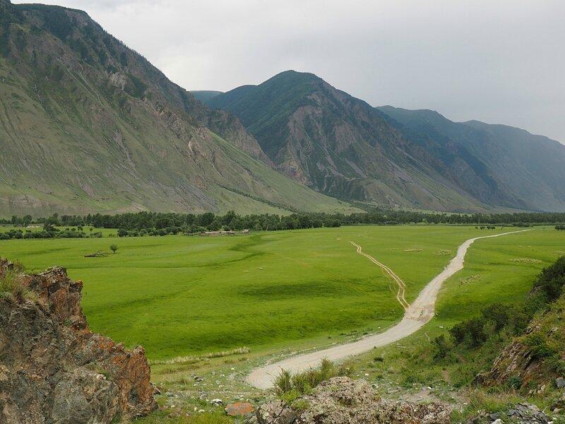 Алтай - долина реки Чулышман (Altai - the valley of the Chulyshman River)