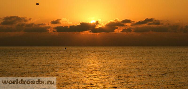Закаты на море