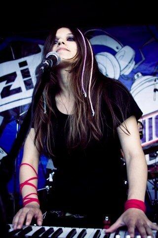 Фотоотчет: группа Fairies Scream: Snickers Urbania 2008 (СКК Петербургский)